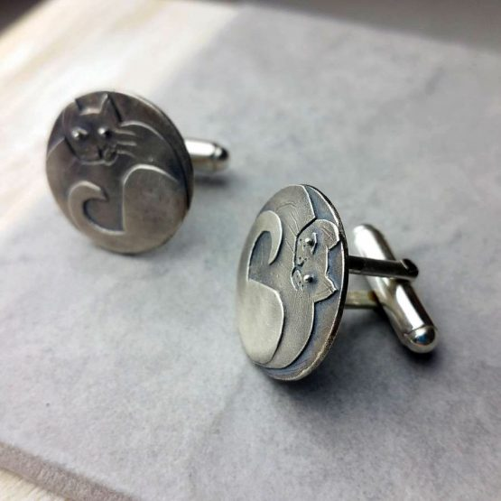 Sprightly Cat Cufflinks - Advclcat