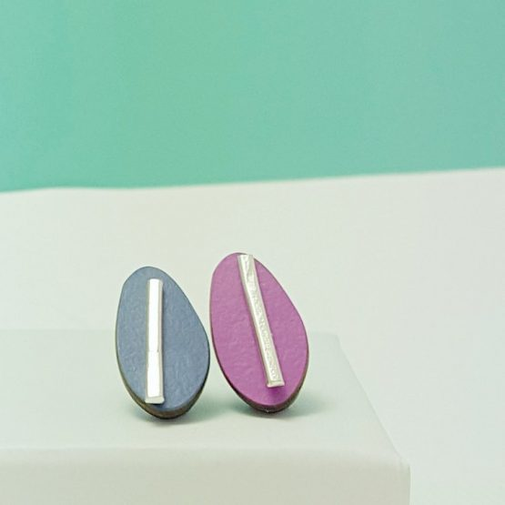 Spectra Large Reversible Studs in Azure and Fuchsia