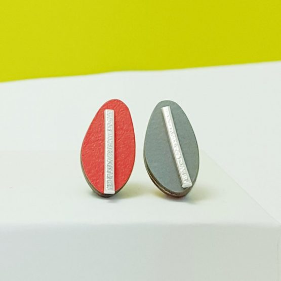 Spectra Large Reversible Studs Red/Grey