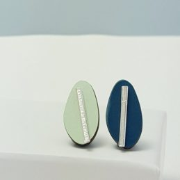 Spectra Large Reversible Studs in Teal and Pale Green